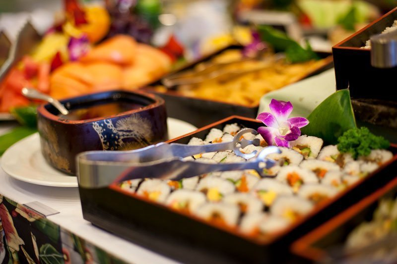 picture of buffet at Turtle Bay north shore Christmas
