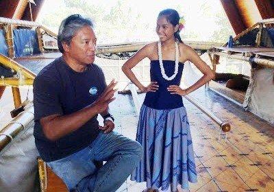 Picture of Kawika Eskeran explains ancient Polynesian navigation techniques