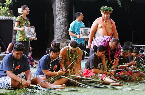 Weaving coconut-leaf baskets during We Are Samoa Festival