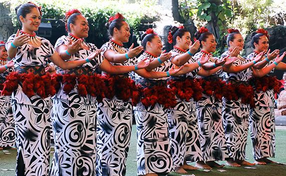 Kapolei High girls in We Are Samoa Festival