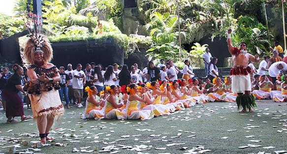 Redford High taualuga dance