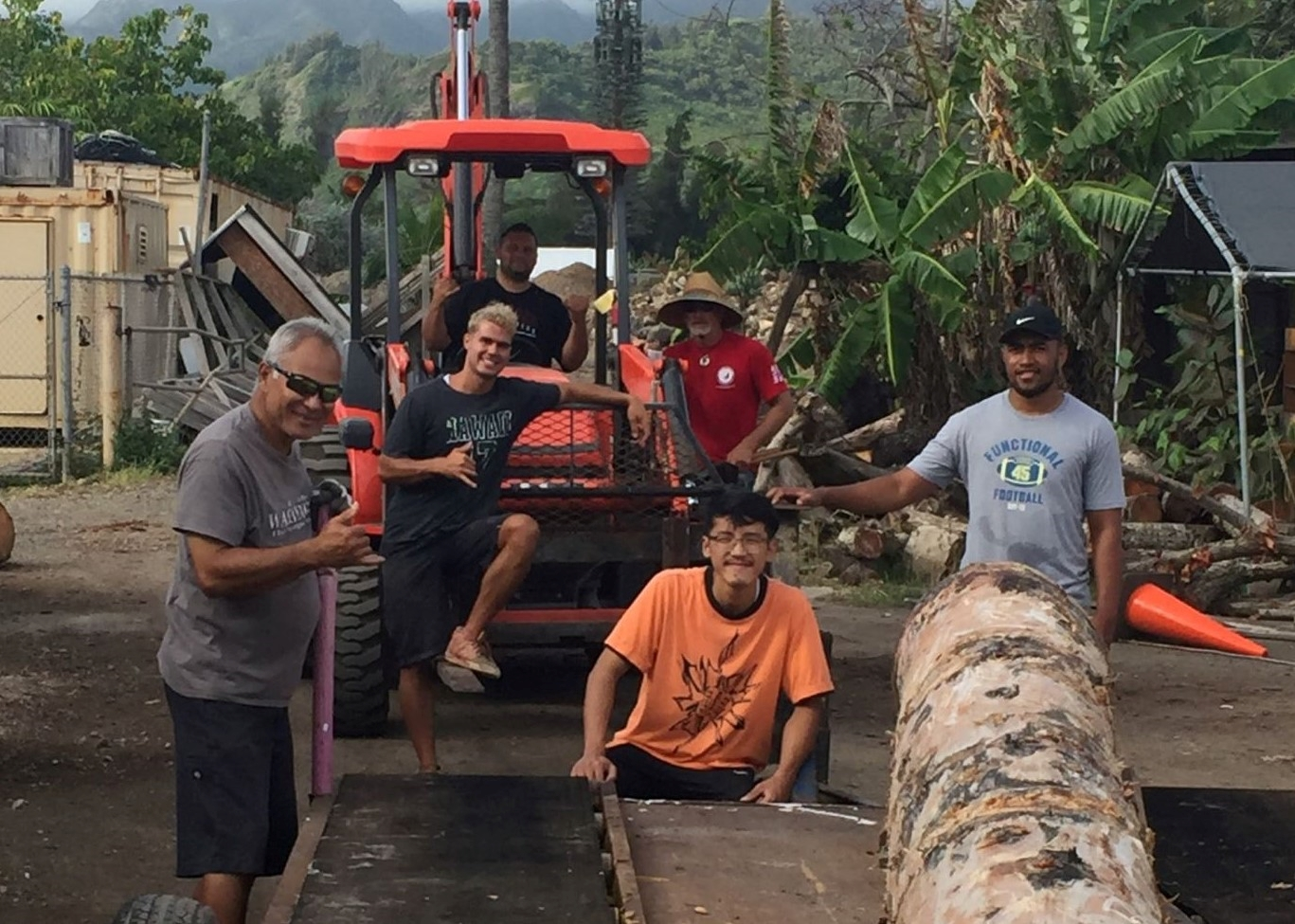 Carvers of Polynesia: Fulfilling the Center's Mission