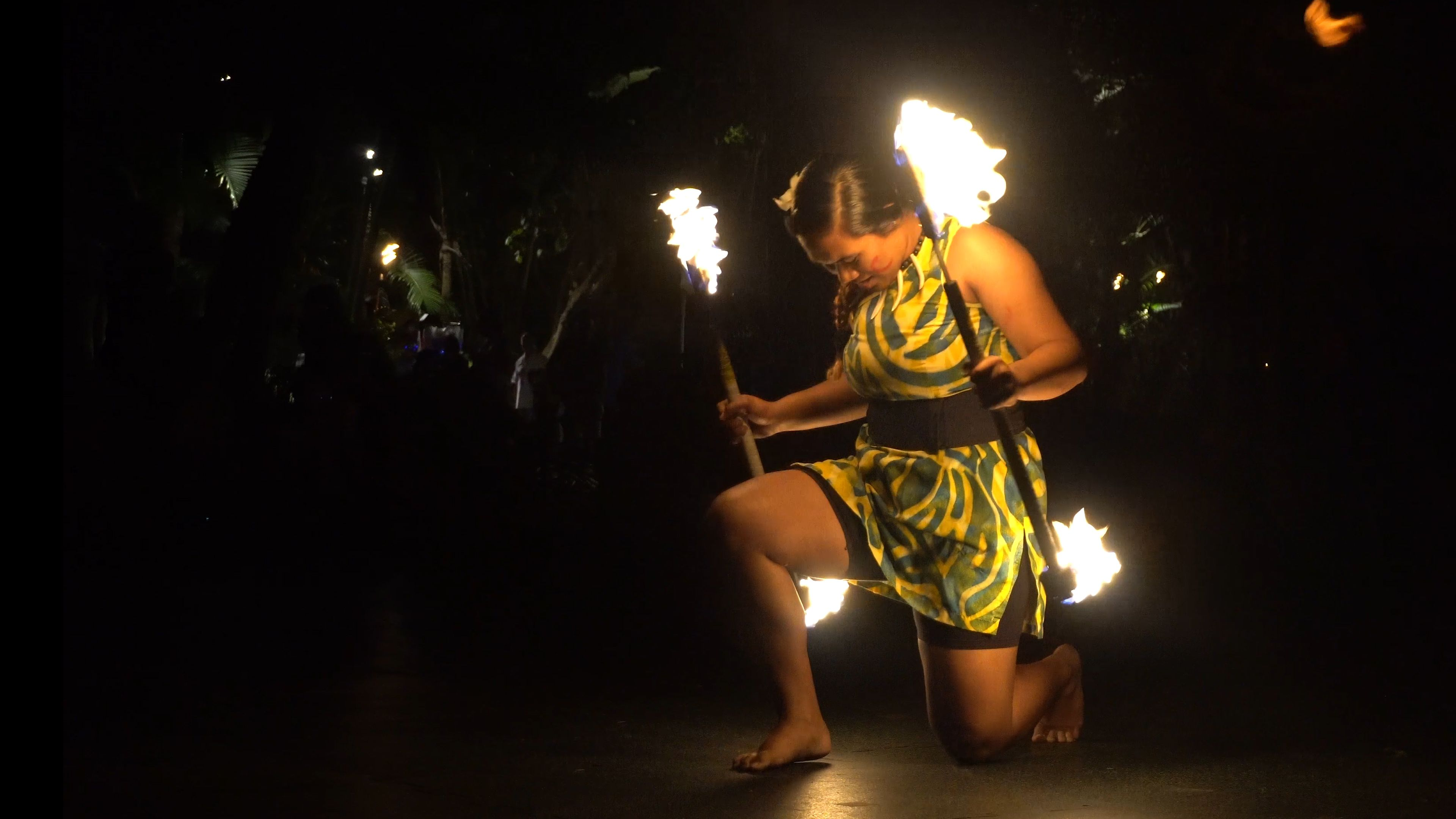 Geri Galeai performs with two fireknifes at the 27th Annual World Fireknife Competition