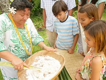 Tahitian-coconut-bread-making.jpg