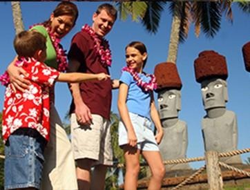 family-in-Rapa-Nui-II.jpg