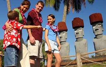 family-in-Rapa-Nui.jpg