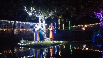 4 Christmas Lagoon 1